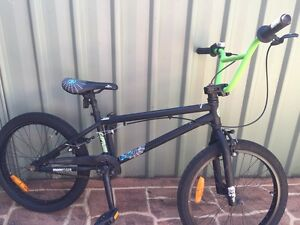 Mongoose BMX Bike Fairy Meadow Wollongong Area Preview
