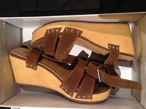 Wooden Brown Suade Wedged Heels Surfers Paradise Gold Coast City Preview