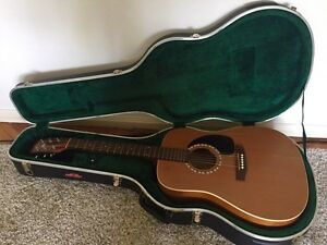 Art&Lutherie Acoustic Electric Guitar + Case Brighton Bayside Area Preview