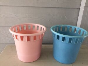 Plastic bins x2 pink blue Gillieston Heights Maitland Area Preview