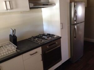 Fully Furnished- Nr City Sleep 4 $60 Perth Perth City Area Preview