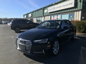 2018 Audi A4 2.0T Komfort AWD/LOADED/ALLOYS/KEYLESS/SUNROOF/L...