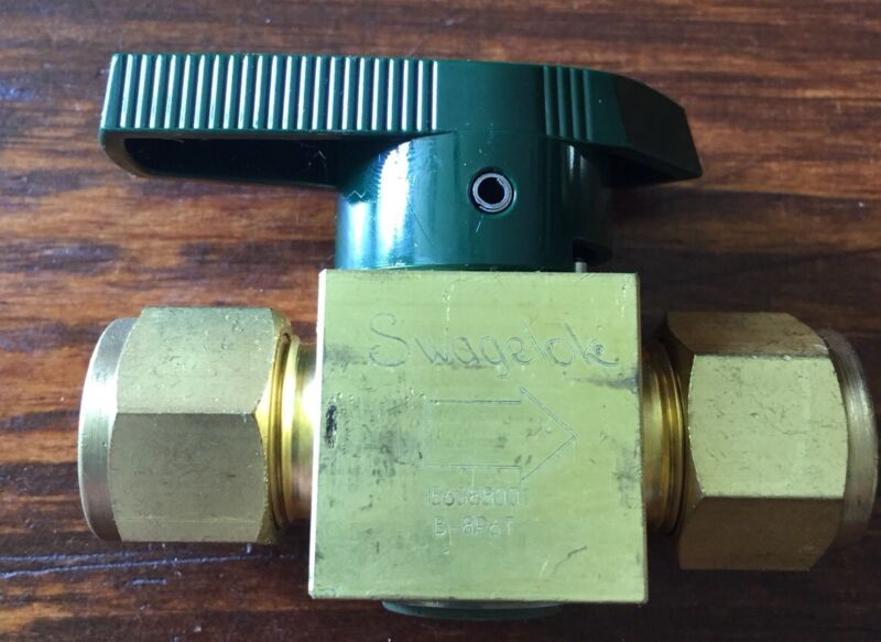 7 Seven Swagelok B 8P6T Half Inch Compression Plug Valves NEW OLD STOCK