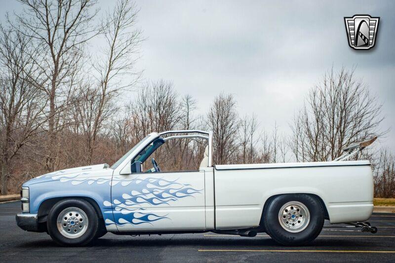Image 3 Voiture Américaine d'occasion C-K Pickup 1500 1992