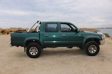 Toyota hilux SR5 4x4! MUST SELL!! Make an offer! Clarkson Wanneroo Area Preview