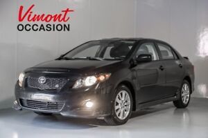 2010 Toyota Corolla S TOIT OUVRANT SIÈGES CHAUFFANT LEATHER MAGS