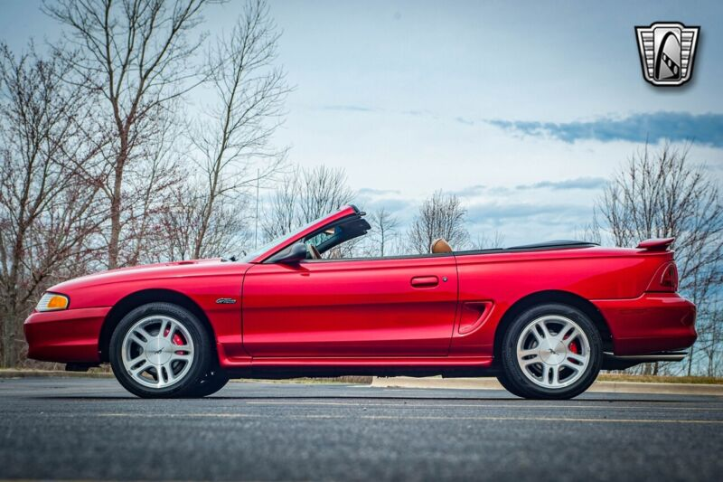 Image 3 Voiture Américaine d'occasion Ford Mustang 1996