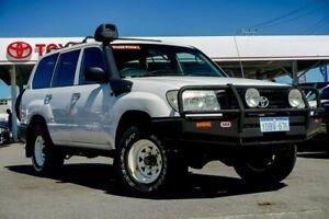 2006 Toyota Landcruiser HZJ105R Upgrade (4x4) Powder White 5 Speed Manual 4x4 Wagon