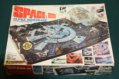 "1976 SPACE:1999 ""ALPHA MOONBASE"" MODEL KIT MPC SCI-FI TV SHOW"