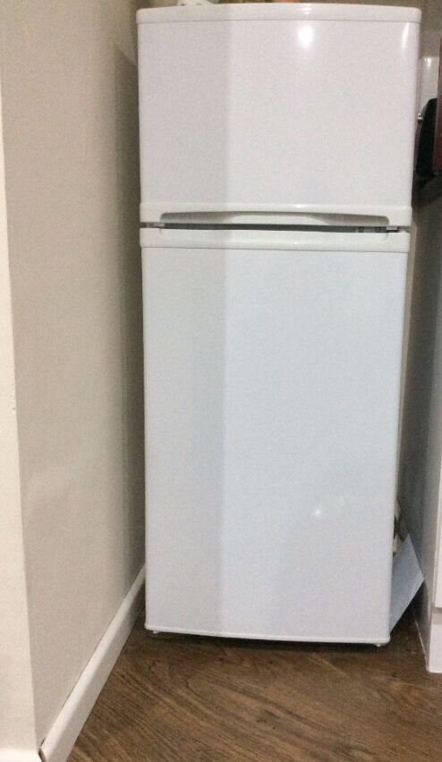 Very clean fridge freezer excellent condition can also deliver to your address