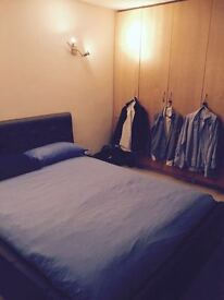 Large double bedroom available in Mill Hill