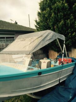 Fishing boat  Broadmeadows Hume Area Preview