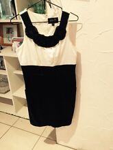 Beaded elly m Size 10 Dress Narangba Caboolture Area Preview