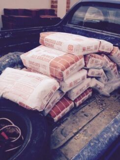 20 bags of brickies lite cement Warnbro Rockingham Area Preview