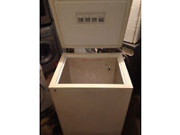 SERVIS CF42 Very Nice Chest Freezer (Fully Working & 3 Month Warranty)