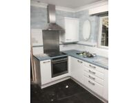 Oven, hob, extractor fan