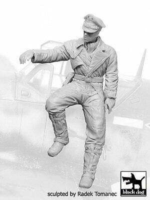 Black Dog 1/32 German Luftwaffe Fighter Pilot #6 WWII on edge of Cockpit F32066 for sale  Sterling