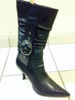 Stylist Winter boots for woman
