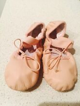 Bloch ballet shoes - 10A soft leather Acacia Gardens Blacktown Area Preview
