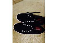 Mens Black Skate Style Shoes size 42