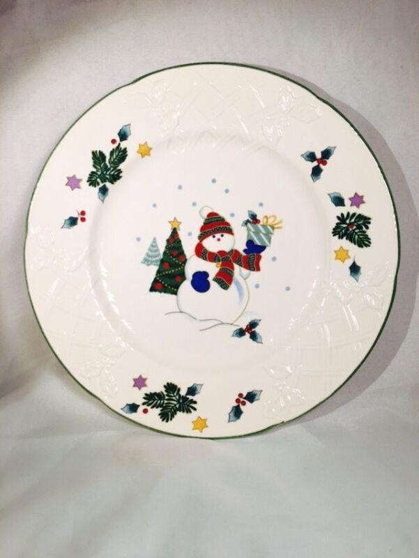 "Mikasa DP008 English Countryside Winter Scene Christmas Snowman Plate, 8"""