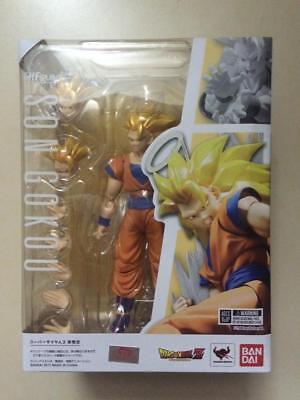 In STOCK Bandai S.H. Figuarts Dragonball Z Super Saiyan 3 Son Goku Action Figure