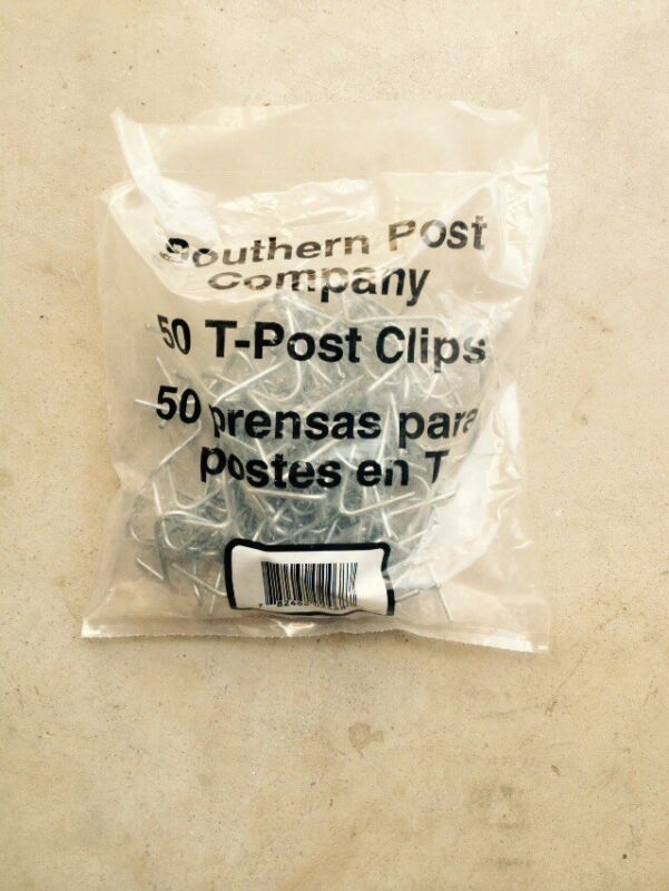 Southern Post T-Post Fence Clips, Two 50-Pk. 100 Total Clips 2 Bags