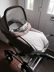 Silvercross Elegance Sleepover Pram - bargain price of £125