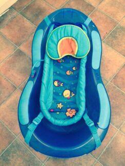 Fisher Price Baby Bath with newborn support sling Morphett Vale Morphett Vale Area Preview