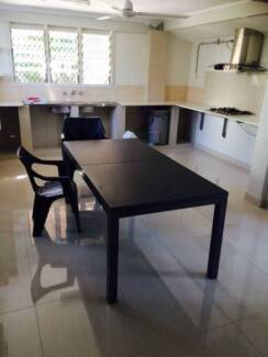 Clean new room available in Alawa