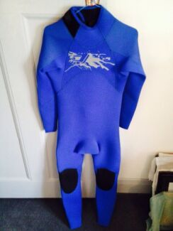 Brand new 'DUNES' 4x3 wetsuit Medium Semaphore Port Adelaide Area Preview