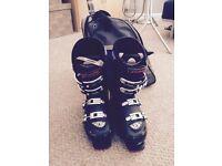 Ski boots - Mens size H29.5 (10.5)