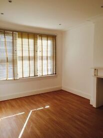 2 BED FLAT TO RENT IN GOODMAYES £1250! 2 MINUTES WALK TO GOODMAYES STATION. NEWLY REFURBISHED.
