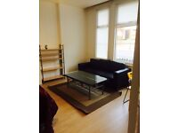 -AMAZING DOUBLE ROOM IN BEAUTIFUL HOUSE AVAILABLE NOW FOR £220 PW WITH ALL BILLS INCLUDED-