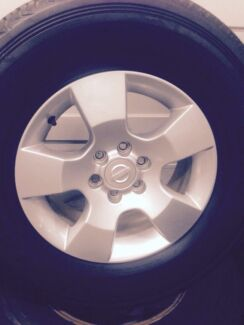 Nissan D40 Navara factory alloy wheels & Tyres. 255/70r16 6/114.3 45p North Geelong Geelong City Preview