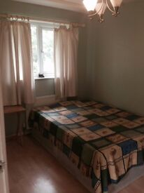 A double room for rent -100pw