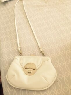 White Mimco Bag Samford Valley Brisbane North West Preview