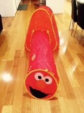 Elmo Pop up tent & tunnel Southern River Gosnells Area Preview