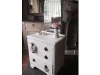 Old vintage chest if drawers/dressing table with mirror