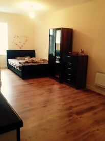 Large Rooms To Rent with own bathroom- Barnsley Town centre