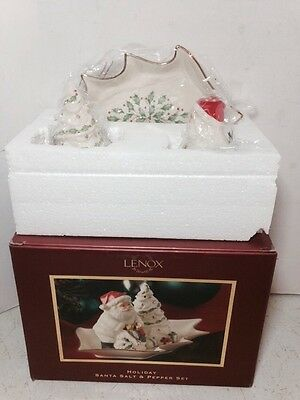 LENOX HOLIDAY SANTA TREE  SALT & PEPPER TRAY SET CHRISTMAS