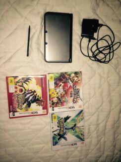 Nintendo 3DS XL + 3 Games Baldivis Rockingham Area Preview