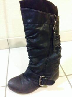 Winter boots for woman for sale