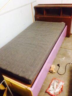 Single timber bed  Mount Gravatt Brisbane South East Preview