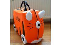2 Travel Trunki's : Tiger and Ladybird