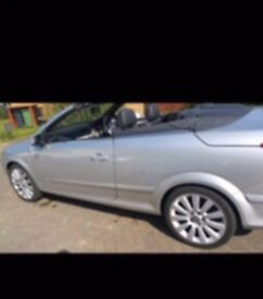 Vauxhall Astra Twintop convertible