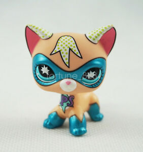 Littlest Pet Shop Masked Super Hero Short Hair Kitty LPS Blue Eyes Cat Comic Con