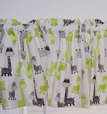White w/ Green & Black Giraffes Baby Nursery Kids Room Curtain Valance New