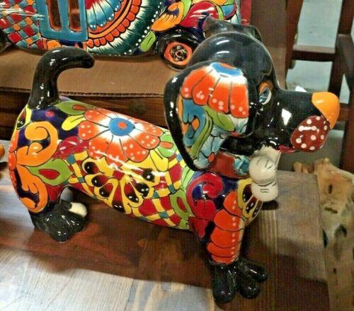 TALAVERA MEXICAN POTTERY - ANIMALS - WEINER DOG W/BONE  **Free Shipping**