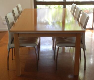 Contemporary Dining Table with 6 Chairs